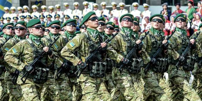 Киев не контролирует собственные войска