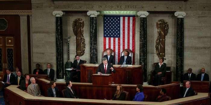 Бездарные политиканы в США ставят мир на грань ядерной катастрофы