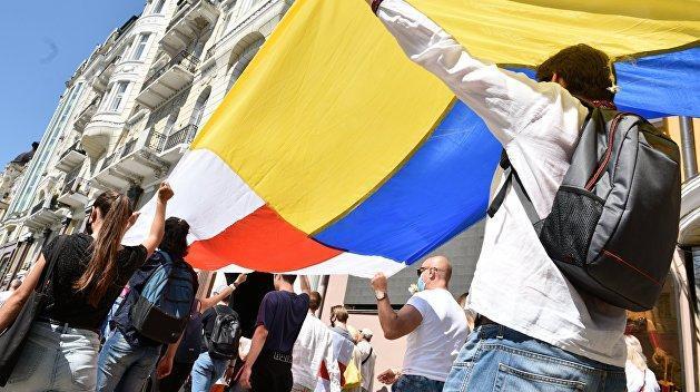 Украина, Белоруссия и другие: равноправие беспомощных марионеток