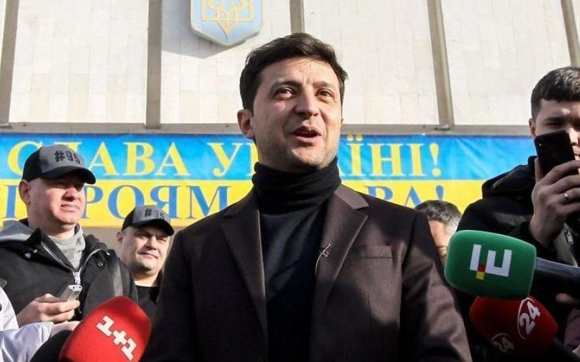 Еврейское предательство Зеленского. Два фото с Украины
