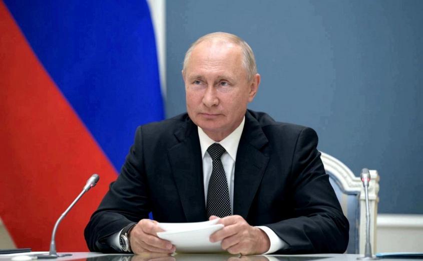 Путин внес в ГД законопроект о запрете иностранного гражданства для госслужащих и военных