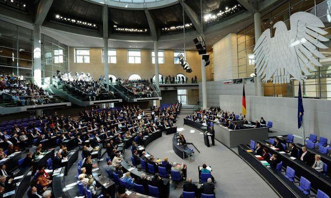 Правительство Германии: США признались в производстве отравляющих веществ «Новичок»