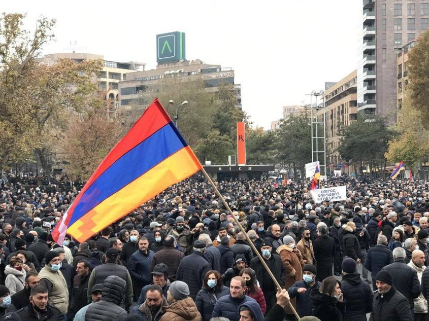 Массовые протесты в Армении: Пашинян пришёл и уйдёт через майдан