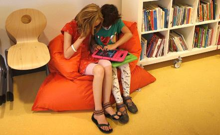 В США обнаружили биржу обмена приёмными детьми. Русские дети тоже туда попали