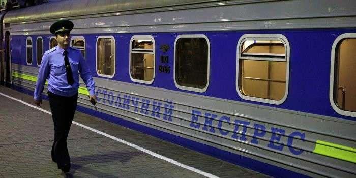 Россия на год отменяет поезда на Украину
