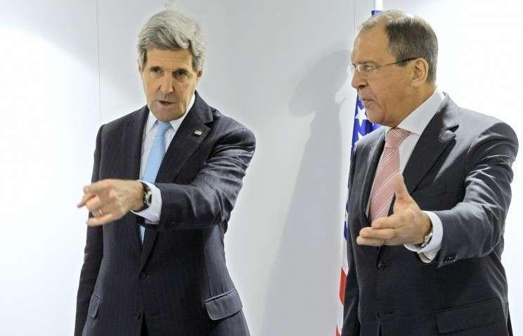 Лавров заявил Керри, что попытки давления на Россию бесперспективны