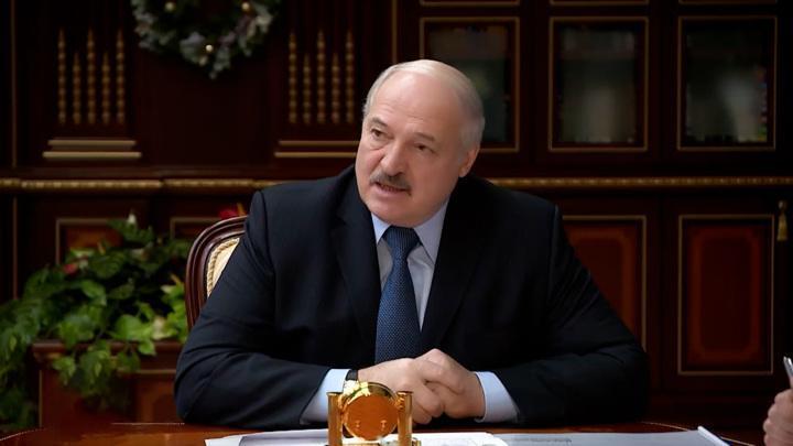 Лукашенко поручил ответить на