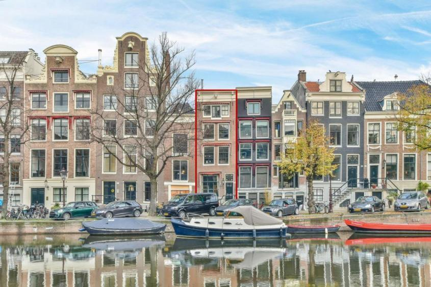 Дом в Амстердаме – «голландская мечта» за 2,3 млн. евро. Слабонервным не смотреть!