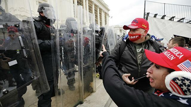 США готовится к репрессиям: загадочные смерти уже начались