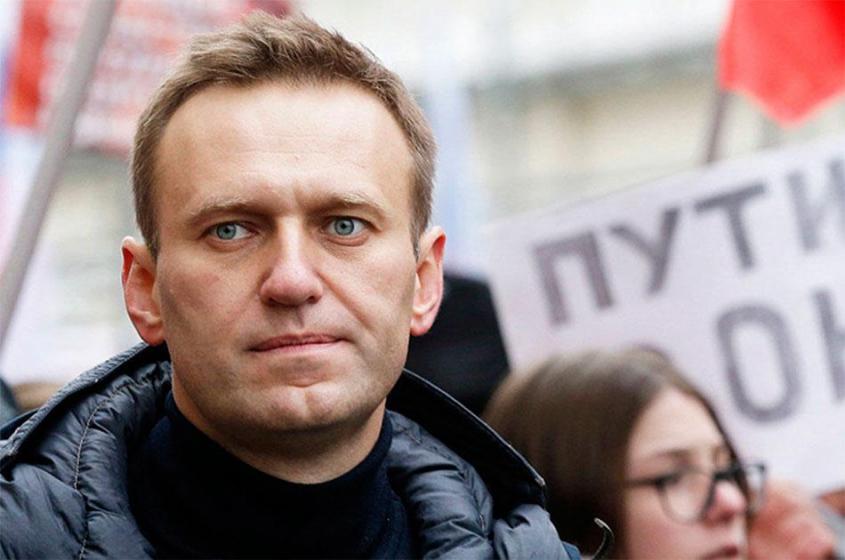 Почему Навальный возвращается в Россию? Сесть в тюрьму?
