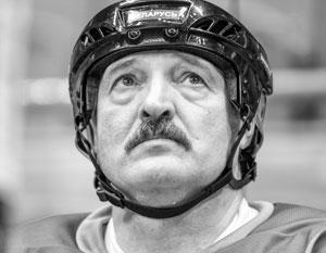 Отменив ЧМ, Запад ударил Батьке в чувствительное место – Лукашенко обожает хоккей