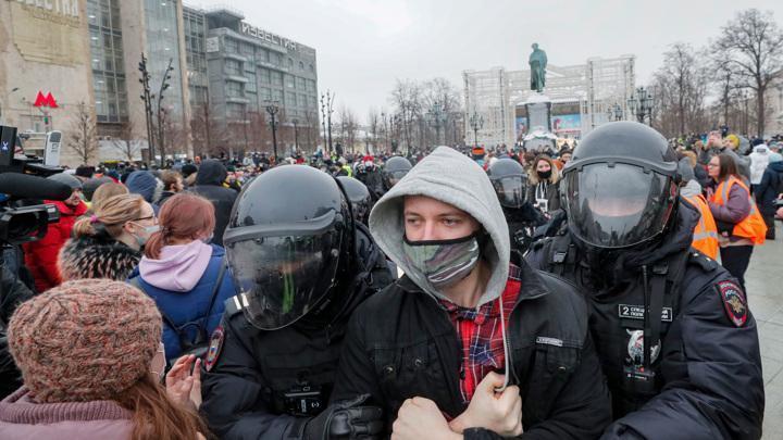 Митинги Навального. Пятая колонна в России активизировалась на 100%