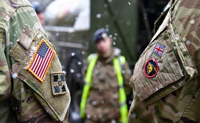 От Балкан до Балтики Россия и НАТО переходят во взаимные лобовые атаки
