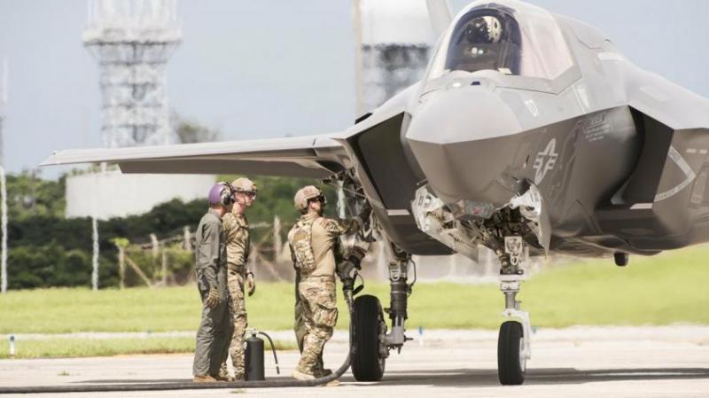 Почему новейшие истребители США F-35 Lightning не годятся для войны