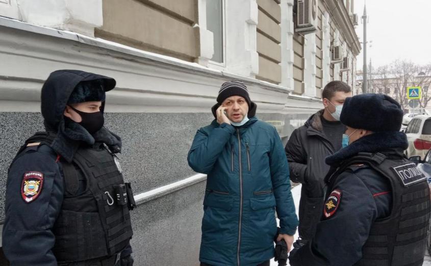 Очищение России: в Москве задержали главреда «Медиазоны»