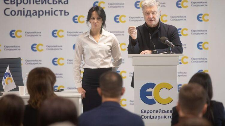 На Западной Украине начинается «битва патриотов». Манька-облигация из Рошен идёт в бой