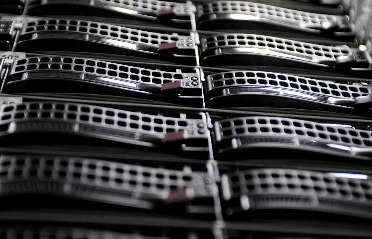 Госдума приняла закон о хранении данных россиян на серверах в РФ с 1 сентября  2015 года