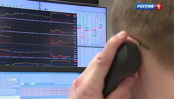 Действия ЦБ и правительства остановили нападение на валютный рынок России