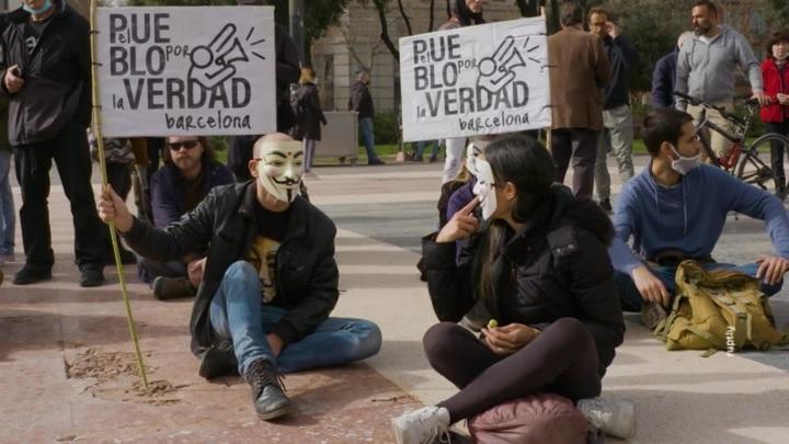 Европейцы активно протестуют против коронавирусных ограничений своих прав