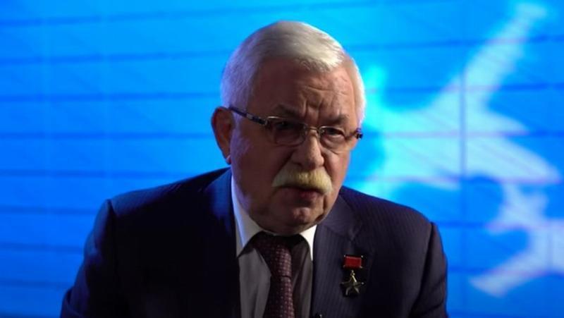 Александр Руцкой публично обвинил Чубайса и Гайдара в пропаже 3 тонн советского золота