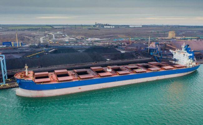 Морской терминал в Усть-Луге лишил порты Украины транзита руды