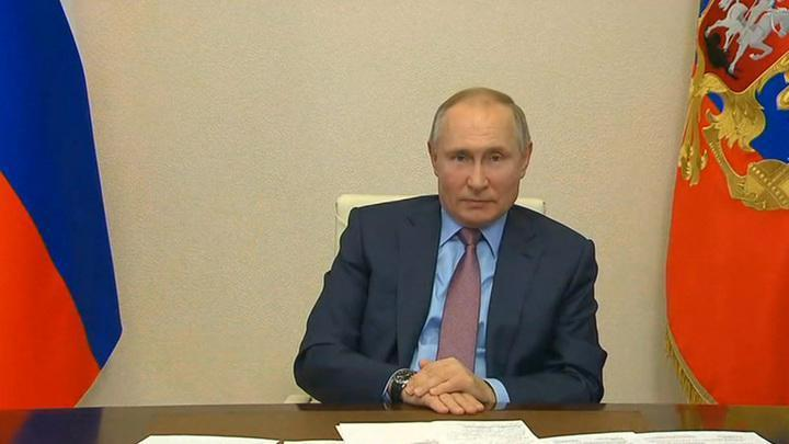 Владимир Путин рассказал руководителями российских СМИ о Донбассе, коронавирусе и будущем России