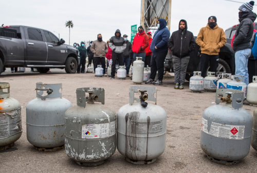 Техас перед лицом гуманитарной катастрофы. В США ненадолго пришла русская зима