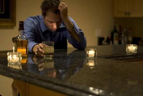 Опасно для жизни: алкоголь как способ расслабиться в выходные | Русская весна