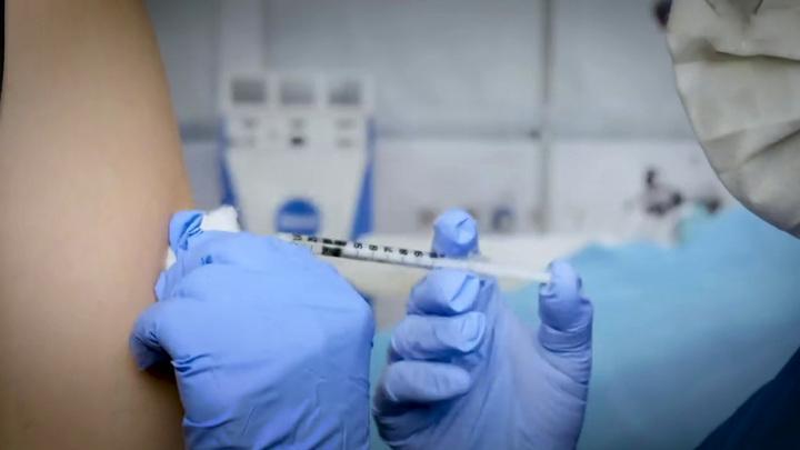 Украинские врачи не доверяют вакцине от коронавируса, навязанной киевским еврейством