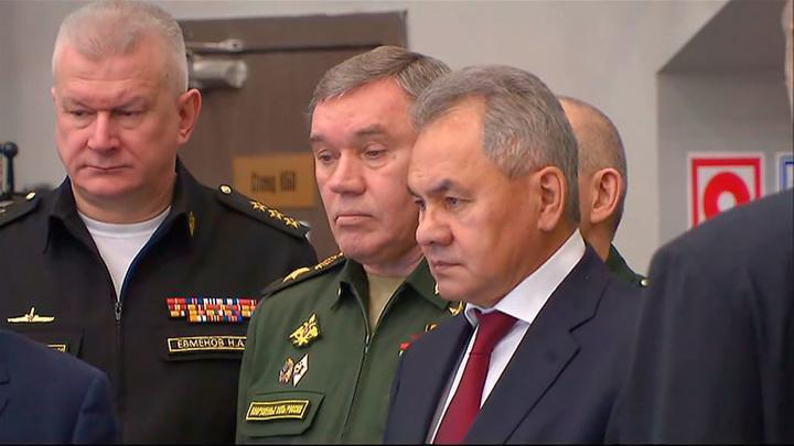 Сергей Шойгу посетил производство беспилотников Иноходец, Гелиос и Гром