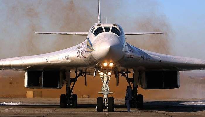 Ту-160:  ракетоносец, который Украина распилила. «Белый лебедь» опередил стратегическую авиацию США на два десятка лет