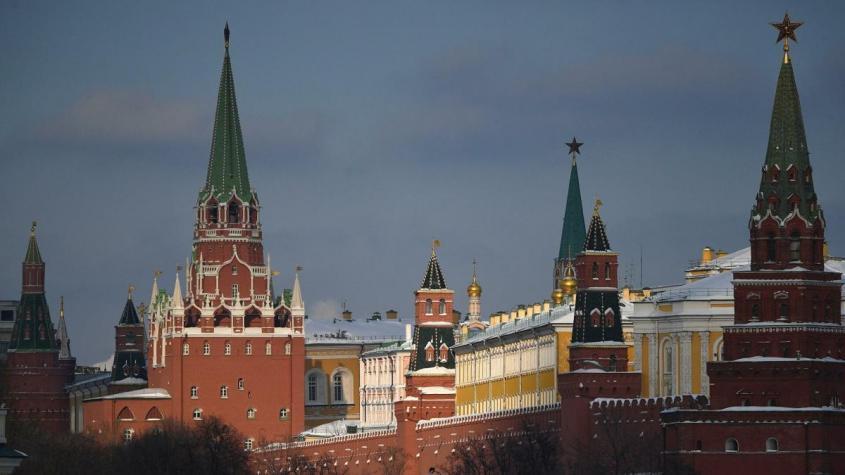 Россия сделала цветные революции проблемой для Запада