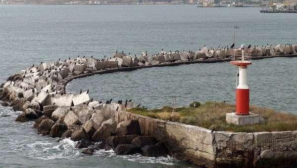 Вид на бухту в Крыму