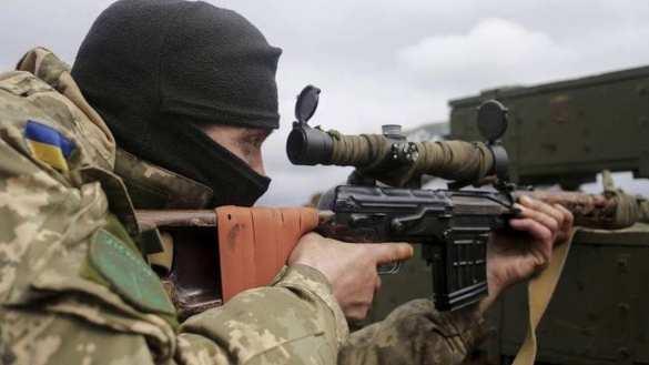 Подлая провокация: Украинский снайпер убил сотрудника МВД ДНР  | Русская весна