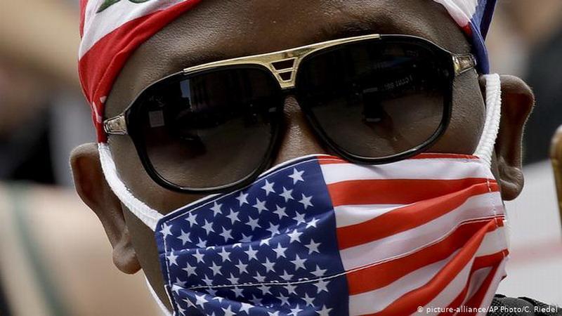 Штаты Техас и Миссисипи полностью прекращают «мировую пандемию коронавируса» на своей территории