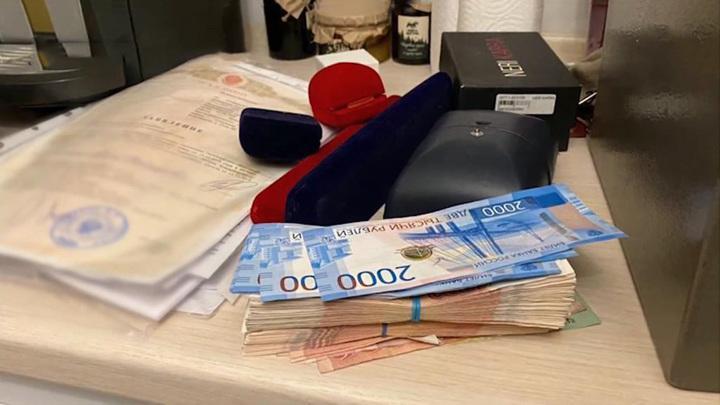 В Новосибирске арестован высокопоставленный чиновник по подозрению во взяточничестве