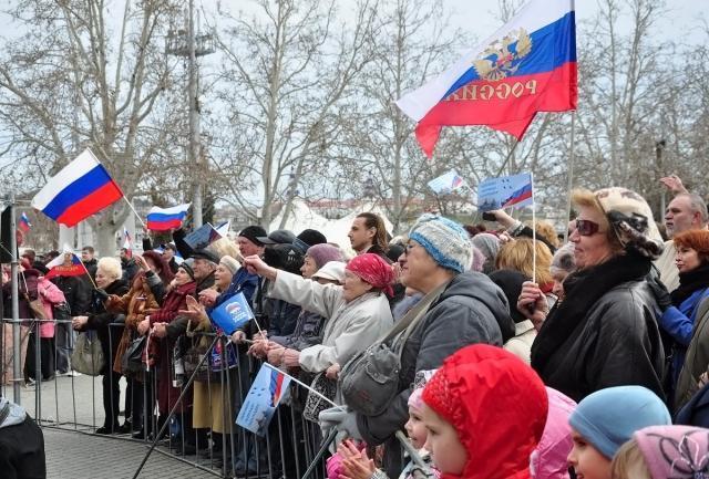 Митинг в поддержку референдума в Севастополе