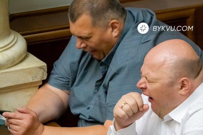 Круг зрадо-перемог Украины: заложники народного недоверия
