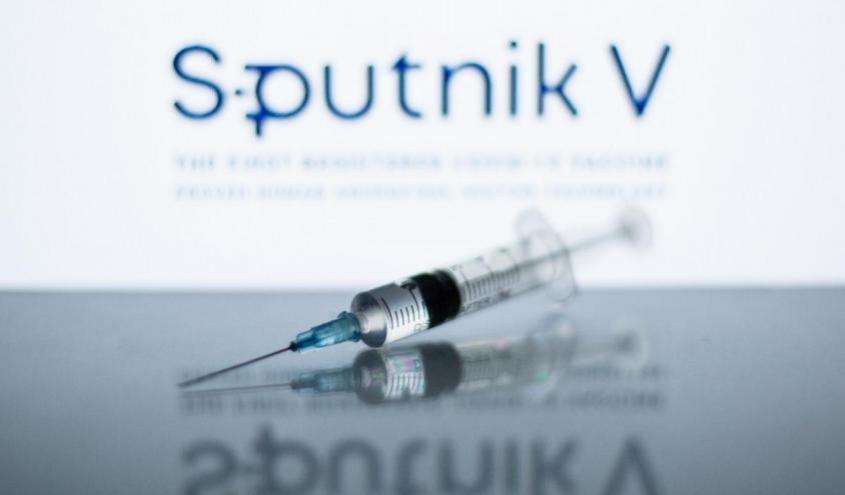 Невидимая нога рынка и российская вакцина «Спутник V» – кто кого?