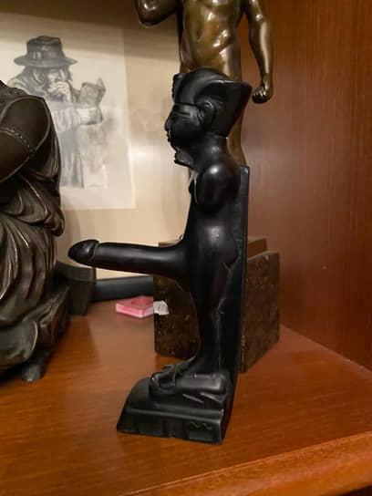 Пачки купюр и эротическая коллекция: задержаны губернатор Белозерцев и еврей-миллиардер Шпигель