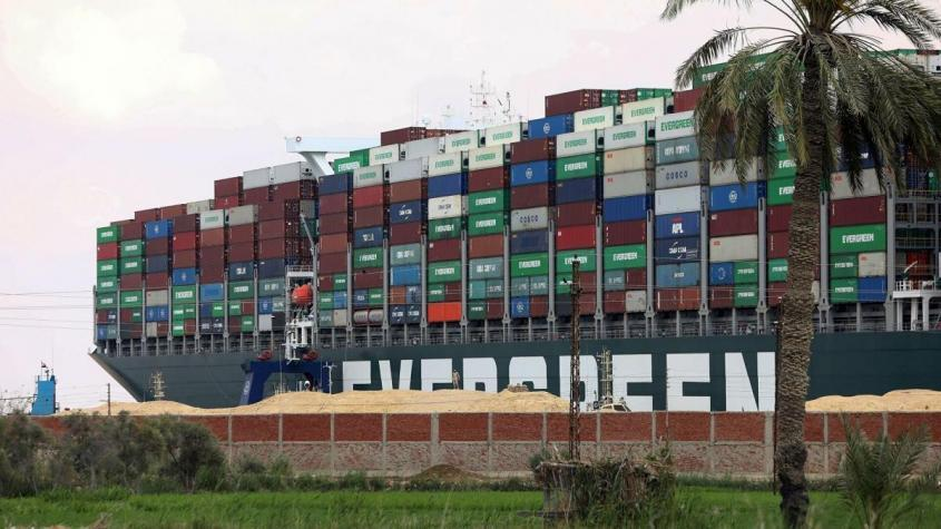 Чем обернётся блокировка Суэцкого канала: пробка на миллиарды