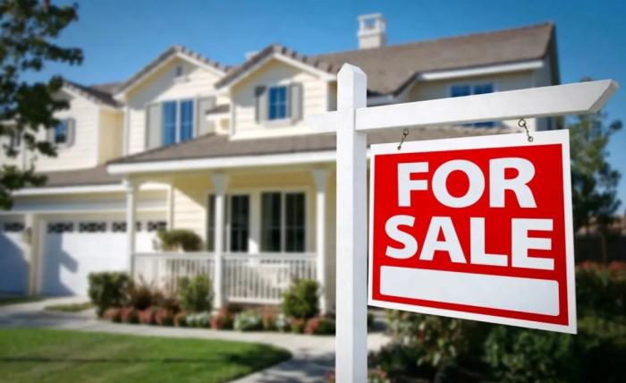Дом в США: Почему даже у богатых американцев так мало денег?