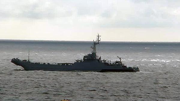 «Северный поток-2» от НАТО защищают суда-спасатели
