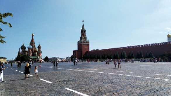 «Небо и земля», – шокирующие откровения украинской блогерши после переезда в Москву | Русская весна