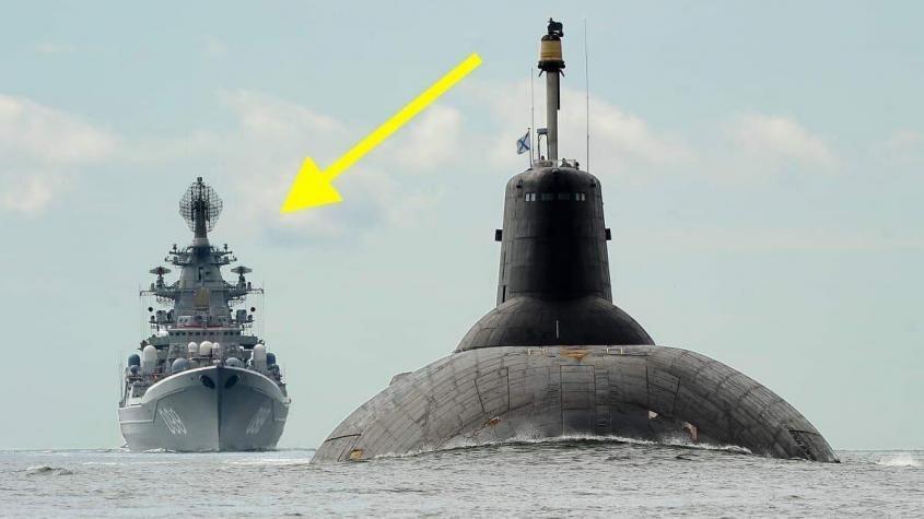 Анекдот: Всплывает русская подлодка «Акула» высотой 9 этажей, а ей навстречу корабль США