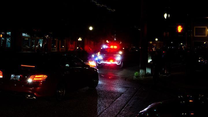 В США преступник расстрелял из пистолета посетителей магазина