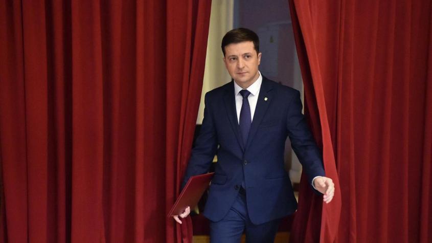 Еврей Зеленский добивает вражескую украинскую систему