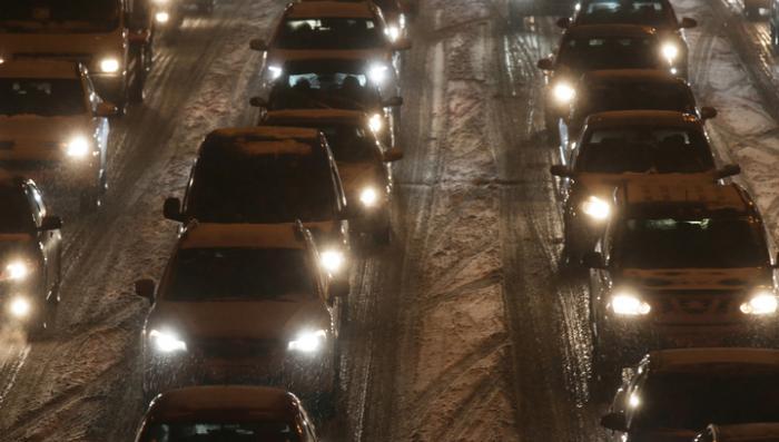 Москва готовится встать: число машин на дорогах увеличилось в пять раз