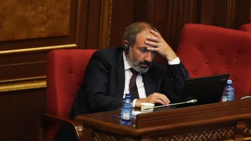 Парламент во второй раз не избрал Пашиняна на пост премьера