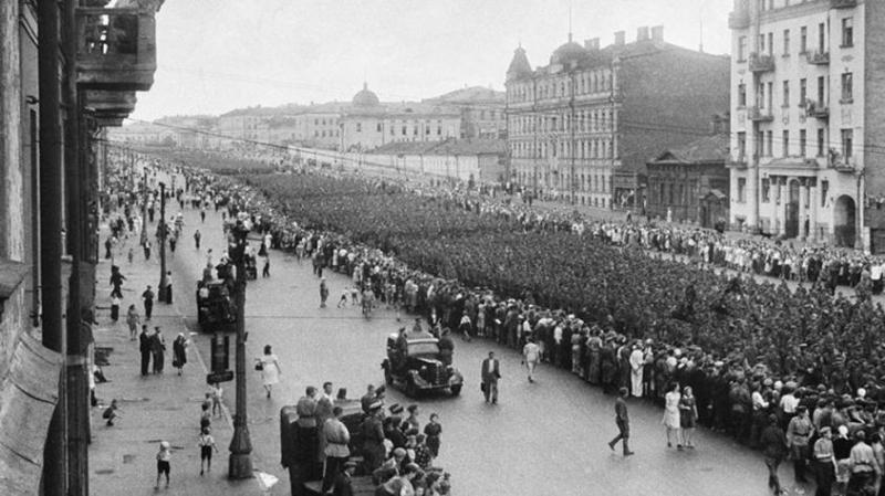 Фото дня. 9 мая. Чтобы помнили. Европейцы припёрлись в Россию в 1941 убивать нас и грабить
